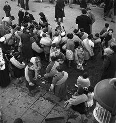 Réfugiés espagnols, Le Perthus près de Perpignan probablement en 1939 après la chute de Barcelone