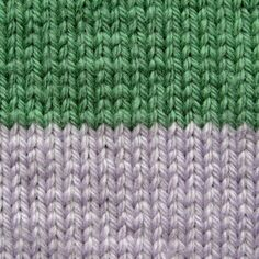 Changing colours and knitting stripes