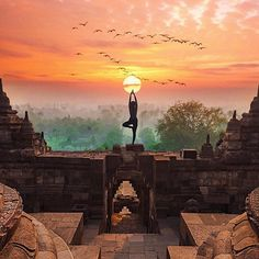 Get out of your head and into your heart. Think less. Feel more 🌞    As you might know I'm on a world trip right now and currently I'm traveling through Indonesia. I've visited many temples but this is for sure the one which was the most spectacular so far, called Borobudur. The world's largest Buddhist temple.
