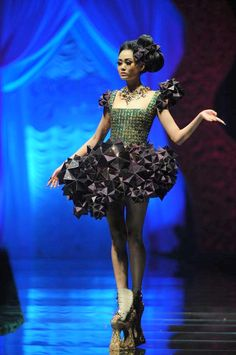 I am Fashion: Chinese Couturier Guo Pei