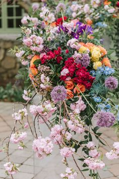 Arch Flowers, Hanging Flowers, Bright Wedding Colors, Flower Installation, Whimsical Wedding, Ceremony Decorations, Wedding Inspiration, Wedding Ideas, Wedding Styles