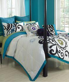 Clover Park Comforter Set