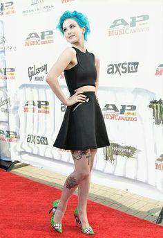 Hayley Williams is soooooooooo pretty!!!!!!!!!!!!!!!!!!!!!