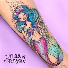 61 Dainty Mermaid Tattoos to Flaunt This Summer cute mermaid tattoo Tattoos Motive, Tattoos Mandala, Body Art Tattoos, New Tattoos, Tattos, Sea Life Tattoos, Girly Tattoos, Disney Tattoos, Kawaii Tattoos