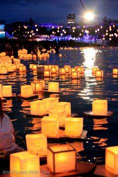 Hawaii Event Photography: Floating Lanterns on Memorial Day at Magic Island, Ala Moana Beach Park, Oahu.