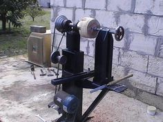Homemade Bowl Lathe | Turing a wooden bowl out of green Cottonwood on a home made lathe part ...