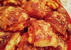 Pizzás háromszögek | Amy receptje - Cookpad receptek Amy, Taco Pizza, Bread, Pretzel Bites, Tacos, Food, Pizza, Essen, Breads