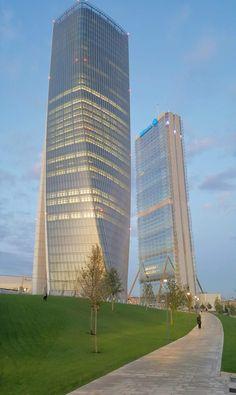 Towers in M7LAN