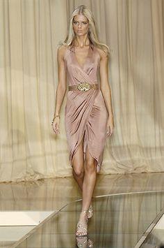 Julia Stegner at Versace, Spring/Summer 2005