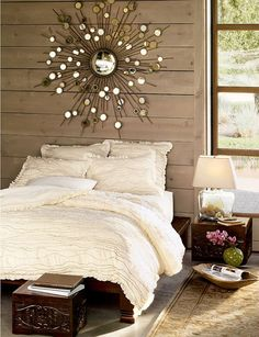 inspiration for sunburst mirror... maybe spray paint my sun rays bronze? :p