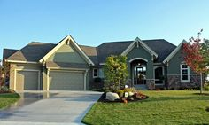 House Plan 42595 | Traditional Plan with 3997 Sq. Ft., 4 Bedrooms, 4 Bathrooms, 3 Car Garage at family home plans