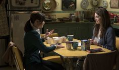 Now that Netflix has given the world an official date for the Gilmore Girls: A Year in the Life premiere (November 25), it is time to get serious about keeping your Gilmore Girls revival facts straight. The past few months have brought with them a de
