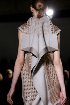 Rick Owens Fall 2015 Ready-to-Wear Collection.