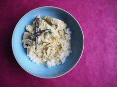 Cécile, c'est la talentueuse cuisinière qui se cache derrière Bleu Combava , et ce poulet rhum vanille , c'est son plat fétiche !  Pas éton...