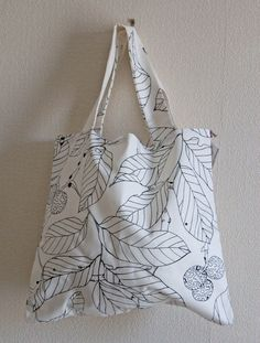 Ladies canvas Tote Bag for swimming, beach, library, books, music bag, and shopping holdall with pretty woodland pattern.