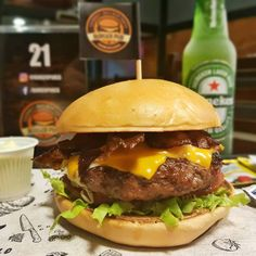 Burger Pub no app ACHE NO BAIRRO.  #hamburger #burgerpub #campograndems #achenobairro