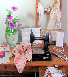 little antique sewing machine