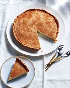 Milk Tart with Brown-Sugar Crust {it's really a custard pie.} (pie crust uses martha stewart) Martha Stewart, Cobbler, Pie Recipes, Dessert Recipes, Recipies, Milk Tart, Thanksgiving Pies, Sweet Pie, Crust Recipe