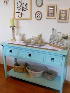 A Heart-ful Home: Chalk Paint Console Table