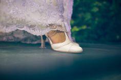 Novia: Agustina Biaggi Zapatos: Laila Frank. #LailaFrank #shoes #design  #party #Bride #Bridal #Wedding #novia #boda #casamiento #zapato #tacos #elegant #style #Love