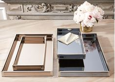A30782 Mirrored Trays