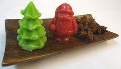 Hacer jabón Navideño Arbolito Navidad y Santa Claus. En este post os enseñamos como hacer unos jabones Navideños con nuestros moldes artesanales 3D. Perfectos como adornos Navidad, fáciles y económicos, perfectos para hacer y regalar estas navidades…