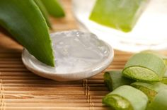 how to use aloe vera for pimples and acne