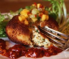 """Can't get there? 56 RECIPES from FAMOUS RESTAURANTS: """"Go on a culinary adventure in your own kitchen with these recipes from top-notch restaurants around the world."""" (Photo: Delmonico Crab Cakes, Emeril Lagasse's popular New Orleans eatery) http://www.ivillage.com/recipes-famous-restaurants/3-b-335974?nlcid=fd%7C09-10-2013%7C&_mid=2122834&_rid=2122834.5702.117906 (main dishes, soups, salads, desserts, recipes, food)"""