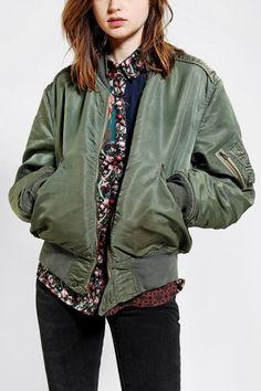Urban Outfitters Urban Renewal Vintage Flight Jacket in Green (OLIVE)