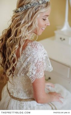 Long beautiful curls!   Photographer: Jani B   Dress: Gelieft   Make-Up & Hair: The Style Concept   Flowers: Elmarie Leonard by Design