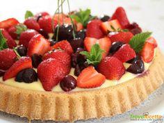Crostata morbida con crema e frutta  #ricette #food #recipes