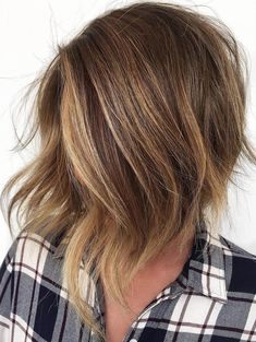 long angled bob Inverted Stacked Choppy Bronde Bob What You Should Know About Warrant Long Choppy Bobs, Short Hair Cuts, Short Hair Styles, Choppy Bob Hairstyles, Blonde Hairstyles, Pixie Haircuts, Layered Haircuts, Medium Hairstyles, Braided Hairstyles