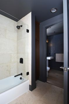 Bath 1, 12