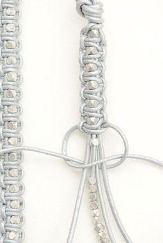 Make Your Own Jewelry Cord Bracelets Diy Accessories Diy Art Hemp Jewelry Diy Jewelry Jewelery Macrame Colar Bracelet Tutorial Diy Bracelets Easy, Macrame Bracelets, Making Bracelets, Braclets Diy, Macrame Knots, Diy Bracelets With String, Macrame Bracelet Patterns, Knotted Bracelet, Beaded Wrap Bracelets