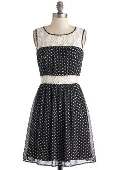 Dainty Day Date Dress | Mod Retro Vintage Dresses | ModCloth.com ~ This dress reminds me of a sweet Southern gal going to a local picnic.