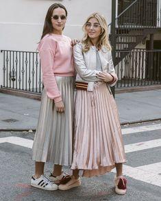Fashion Week Street Style Winter Pleated Skirts 36 Ideas For 2019 Winter Fashion Outfits, Fashion Week, Modest Fashion, Look Fashion, Skirt Fashion, Trendy Fashion, Autumn Fashion, Fashion Trends, Fashion Beauty