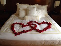 Your bedroom will discover a lot of attention, mainly because you'll shell out a great deal of time sleeping there. day decorations romantic hotel Best Romantic Bedroom Decoration Ideas for Valentines Day Wedding Night Room Decorations, Romantic Room Decoration, Valentine Decorations, Romantic Hotel Rooms, Romantic Master Bedroom, Master Bedrooms, Romantic Bedroom Design, Romantic Room Surprise, Romantic Night