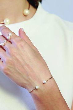 GABRIELA ARTIGAS FOR DES KOHAN Gold Double Pearl Delicate Cuff Bracelet