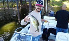 Fishing Guide Service on Cedar Creek Lake Call Rodney Stuart 817-675-8062