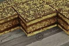 Sweets Recipes, No Bake Desserts, Delicious Desserts, Cake Recipes, Cooking Recipes, Romanian Desserts, Romanian Food, Desserts With Biscuits, Different Cakes