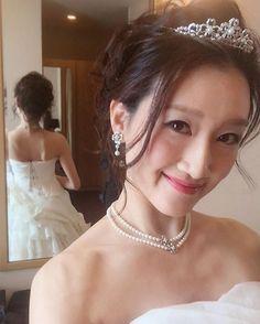 ✨ 大好きなブライダルのお仕事~ 今日もたくさんドレス着られて楽しかったっ しわわせ~ #bridal#ブライダル#ブライダルフェア #wedding#ウェディング #weddingdress#ウェディングドレス #model#モデル#show#ノートルダム神戸 #花嫁#プレ花嫁#Tiara#ティアラ #おすまし