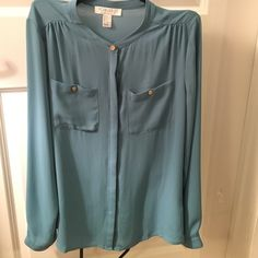 Forever 21 blue blouse gold buttons Small Forever 21 blue blouse gold buttons Size small. Great condition! Forever 21 Tops Blouses