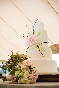 Wedding cake flower - Cafe au Lait dahlia