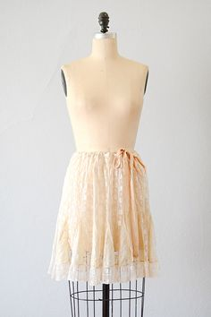 vintage 1920s French lace silk half slip