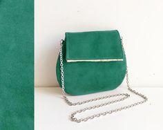 Pochette regali natale, borsa in pelle, accessorio original designs handmade, borsa tracolla in metallo con interno raso, regali per lei di BBagdesign su Etsy