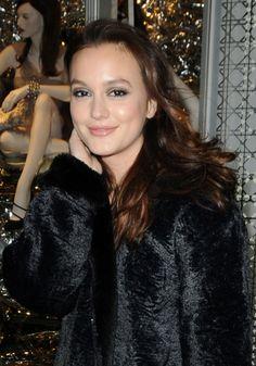 Leighton Meesters gorgeous, wavy hairstyle