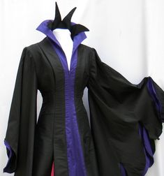 Wicked drama is combined with luxury in this Malificent character cosplay gown. Malificent Costume Diy, Maleficent Cosplay, Diy Costumes, Halloween Costumes, Halloween Ideas, Full Length Gowns, Costume Dress, Fancy Dress, Pink Color