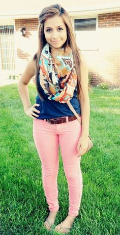 Chic Outfits For Girls For The First Day Of College- First days, whether they are for for your academy or job consistently accomplish you nervous. Fear and action both are at their peaks. A new environment, new bodies and some questions like will you be able to accomplish any friends? Related PostsChristmas dressing style ideas …