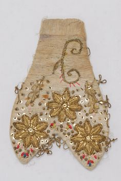decorative element made of fabric, salpa Greek Traditional Dress, Folk Art, Greece, Weaving, Textiles, Costumes, Embroidery, Fabric, Ethnic