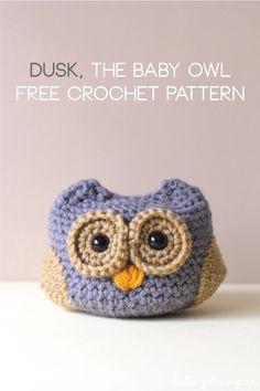 Dusk, the Baby Owl - FREE crochet pattern on http://helloyellowyarn.com/2014/06/30/dusk-the-baby-owl-free-crochet-pattern/
